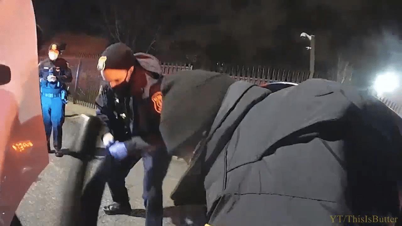 newark-police-save-child